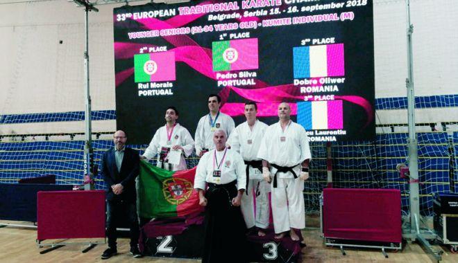 Foto: Sportiv de la Karate Tradiţional Eforie, dublu medaliat la Europene
