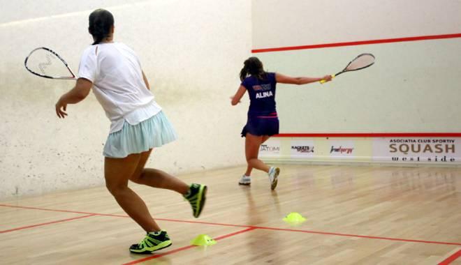 Foto: Jucătorii de squash, între Open-ul de la Cluj şi Cupa Moş Crăciun