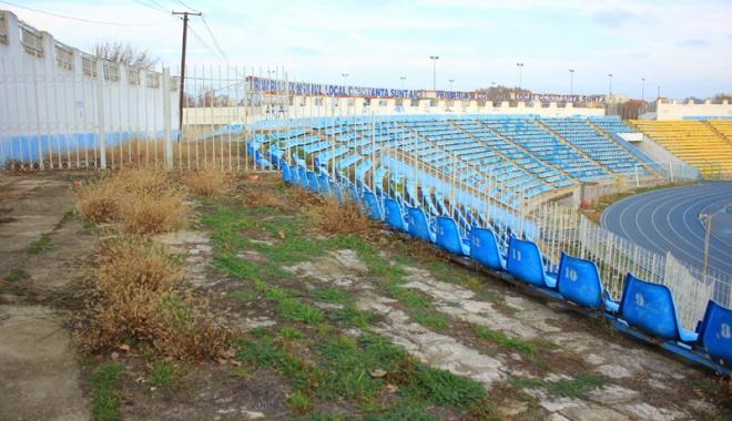 Foto: Primăria Constanţa vrea să pună mâna pe stadionul Farul. Va putea fi salvat complexul sportiv de la ruină?