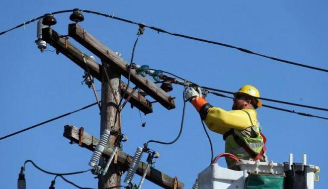 Atenţie, se opreşte curentul electric! - stalpenergieelectrica1140x760800-1606245843.jpg