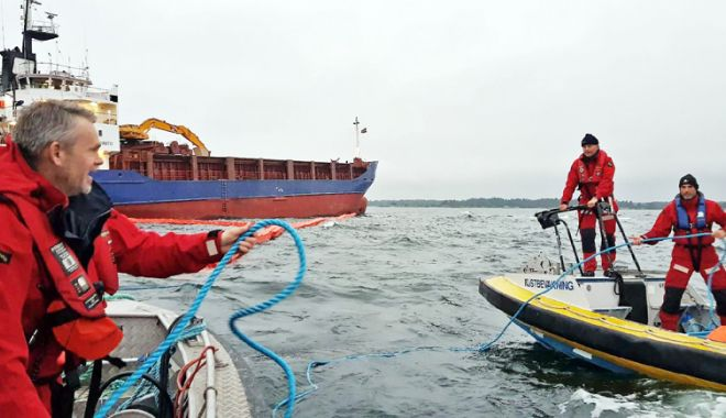 Foto: Standarde de competență mai înalte  pentru personalul navigant nebrevetat