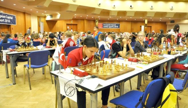 Foto: Start al Campionatului European de şah pentru juniori