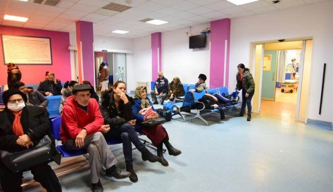 Foto: Aproximativ 40.000  de pacienţi, vara aceasta, la Spitalul Judeţean