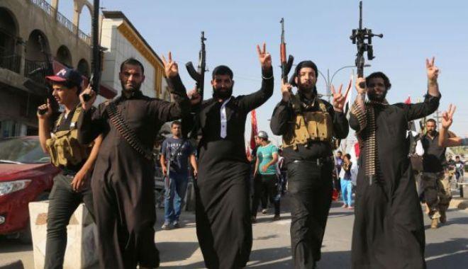 Foto: Donald Trump cere Europei să primească înapoi 800 de combatanţi ai Stat Islamic