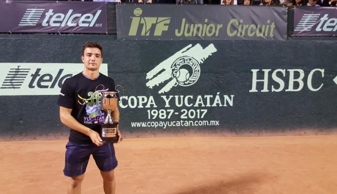 Foto: Ştefan Paloşi,  în topul celor  mai valoroşi jucători din Europa