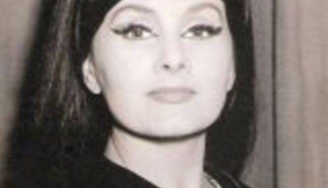 Foto: Un an fără doamna teatrului românesc Stela Popescu