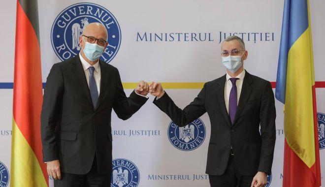Ministrul Justiţiei, Stelian Ion, întâlnire cu ambasadorul Germaniei în România - stelianionambasadorneamt-1614192133.jpg