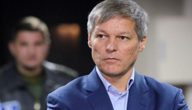Foto: Cioloş: Pentru Dragnea patriotismul înseamnă o Românie lăsată în pace de UE