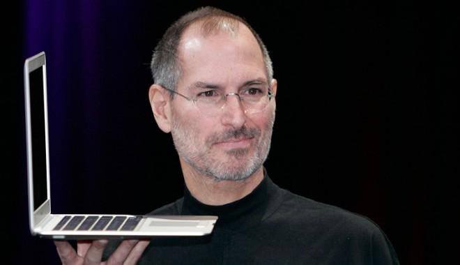 Foto: Steve Jobs nu își lăsa copiii să folosească iPad-urile și le limita accesul la internet