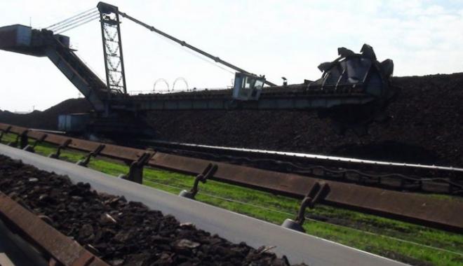 Foto: Stocurile de cărbune ale României ajung doar pentru patru zile