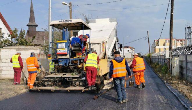 Programul de amenajare a infrastructurii rutiere în cartierul Compozitorilor continuă - stradaclopoteilor2-1603979594.jpg