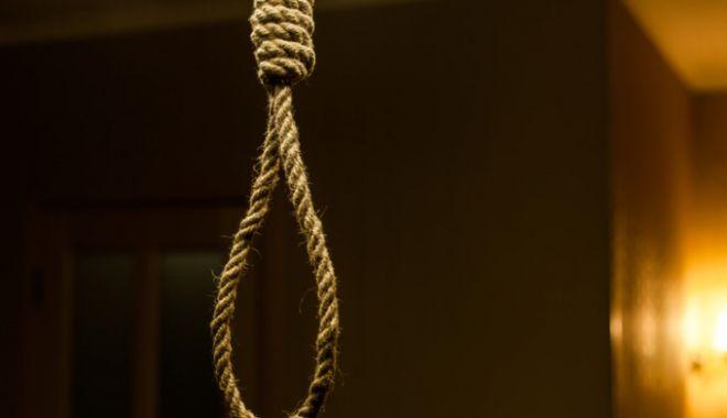 Tragedie în Constanța: bărbat găsit spânzurat în casă - streang2-1618849745.jpg