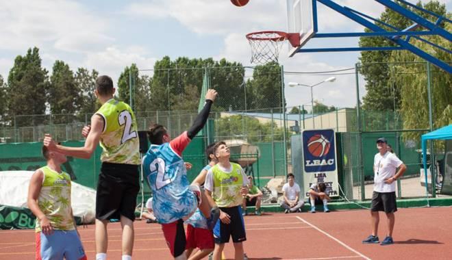 Foto: Streetball-ul revine la Constanţa! Astăzi, ultima zi de înscrieri la Summer 3x3 Madness