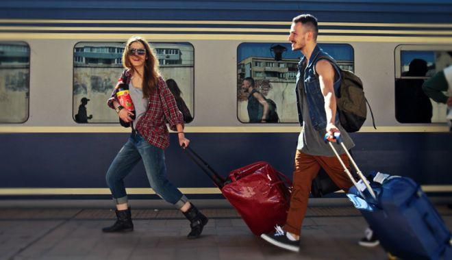 Foto: Studenţii cer gratuitate la tren  şi pentru tinerii  cu vârsta  de peste 26 de ani