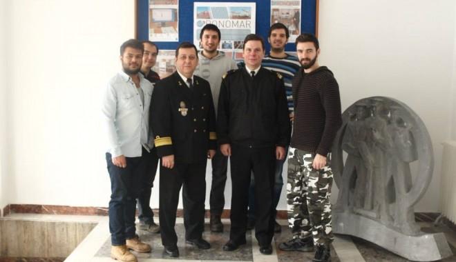 Studenți străini la Academia Navală