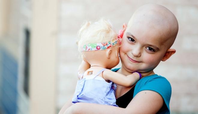 Foto: Alinarea suferinţei copiilor bolnavi de cancer