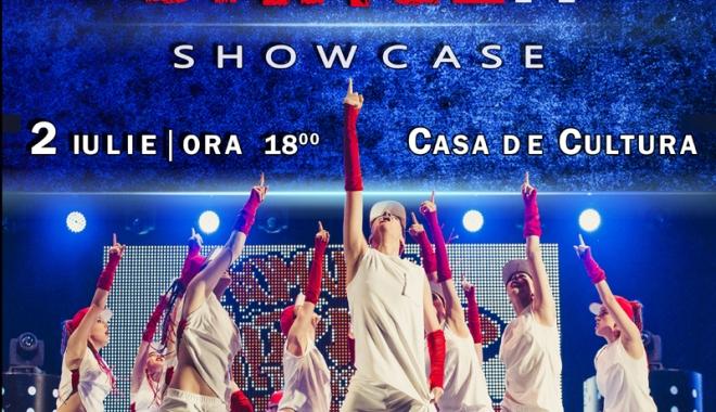 Foto: Super-show dedicat dansului, pe scena Casei de Cultură