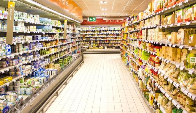 Foto: DSV. Controale în supermarketuri şi depozitele alimentare
