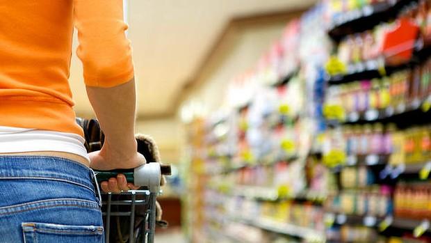 """Foto: Poliţiştii constănţeni, în alertă! A început """"sezonul"""" furturilor din supermarket-uri"""