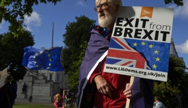 Foto: GALERIE FOTO / Mii de londonezi protestează, sâmbătă, împotriva Brexitului
