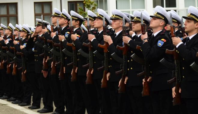 Foto: Programul manifestărilor dedicate Zilei Armatei Române, la Constanţa