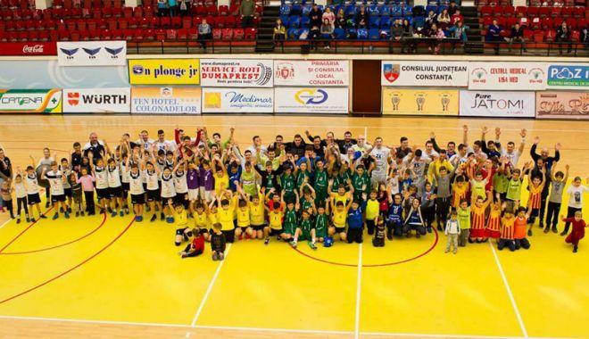 Foto: Descoperirea de talente, obiectivul principal al Academiei de handbal HCDS