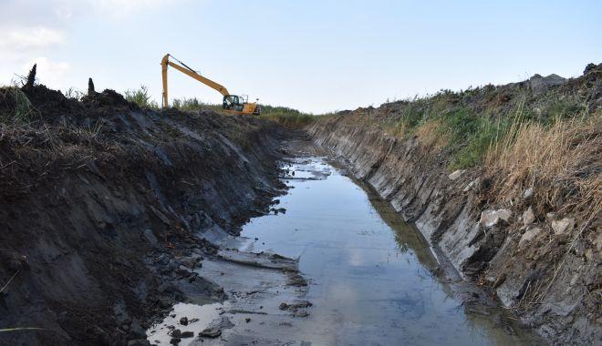 Foto: Veste bună la început de toamnă! A început salvarea Lacului Nuntași!