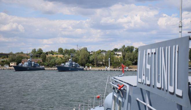 """Navele militare de la Mangalia, """"amenințate"""" de iahturile din Portul Limanu? - sus-1622138082.jpg"""