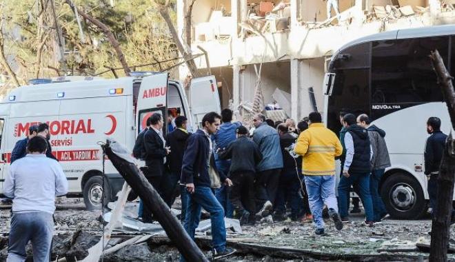 Foto: Doi soldați turci, uciși într-o explozie în sud-estul țării