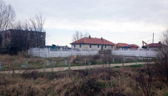 Tabără de refugiaţi la Vama Veche? Autorităţile române dau în bâlbâială - tabara2-1458151414.jpg