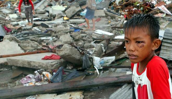 Foto: Crucea Ro�ie lanseaz� un apel umanitar pentru victimele taifunului care a devastat Filipine