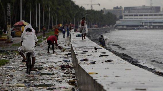 Foto: Taifunul Kalmaegi se apropie AMENIN��TOR