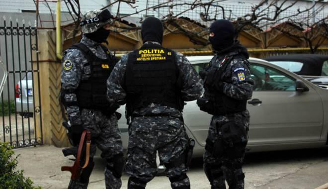 Foto: Serviciile de Acţiuni Speciale, în misiune, la Constanţa