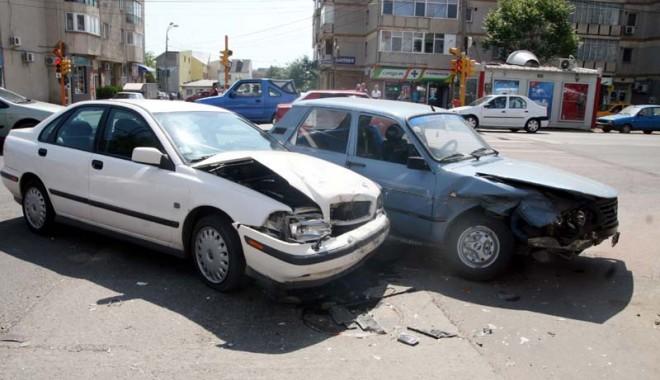 Foto: SCHIMBĂRI LA RCA / Ai fost implicat într-un accident rutier? Iată cine te va despăgubi
