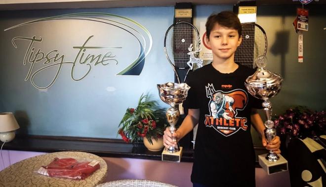 Foto: Tânăr tenisman constănţean, campion la Belgrad