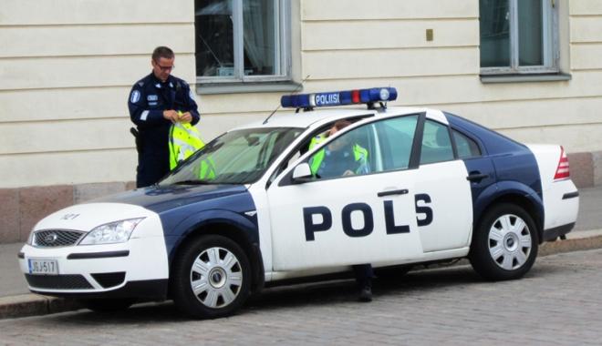 """Foto: O tânără de 21 de ani din Finlanda plănuia """"un masacru într-o şcoală"""""""