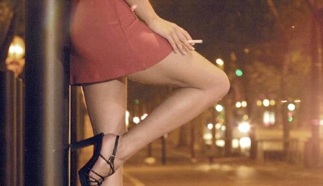 """Foto: Tânără obligată de """"iubit"""" să se prostitueze"""