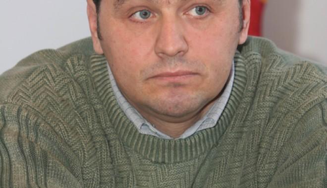 SCHIMBĂRI PE LISTELE PDL CONSTANȚA / Tănase Barde ar putea candida la Senatul României - tanasebardesc1-1350842130.jpg