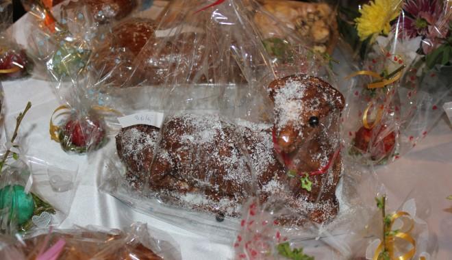Foto: A început Târgul Cadourilor de Paşte, la EuroLitoral. GALERIE FOTO