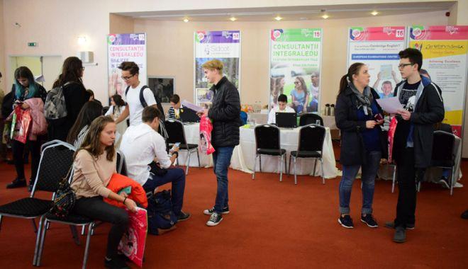 Foto: Târguri de consultanţă educaţională  şi de universităţi  din străinătate, la Constanţa