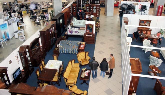 Foto: Ce găsim la târgul de mobilă şi salonul de dotări hoteliere din Mamaia