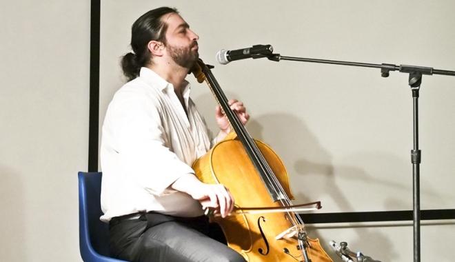 """Foto: """"Paganini al violoncelului"""" va încânta publicul constănţean"""