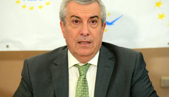 Foto: Călin Popescu Tăriceanu: Circulă un fake-news că aș fi negociat cu Blaga și Ponta