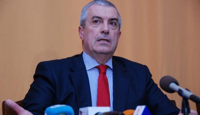 """Foto: """"Nu mai bine România să fie condusă de 100 de procurori vânjoși?"""""""
