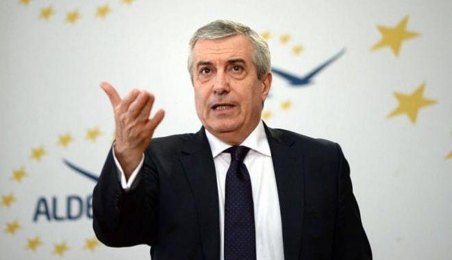 Foto: Călin Popescu Tăriceanu scapă de anchetă. Dosarul în care preşedintele Senatului era acuzat de fals în declaraţii a fost CLASAT