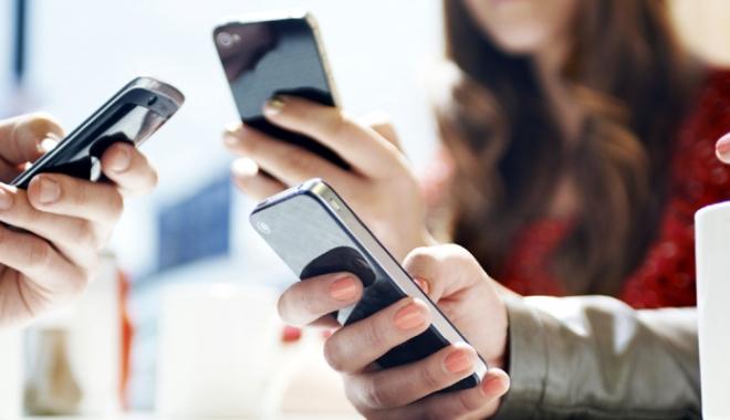 Foto: Tarifele de roaming din interiorul UE, eliminate din luna iunie