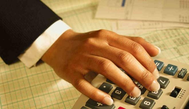 Foto: Pe cine avantajează impozitarea veniturilor cu 3%?
