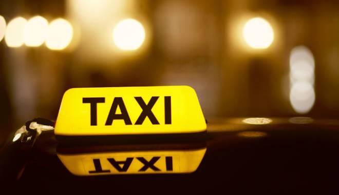 Foto: Taxi-pirat! Tarife umflate, mahoarcă şi miros de transpiraţie