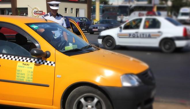 Foto: Taximetriştii piraţi, amendaţi de Poliţia Locală