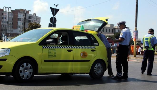 Foto: Taximetrişti cu permisul auto suspendat, depistaţi în Constanţa